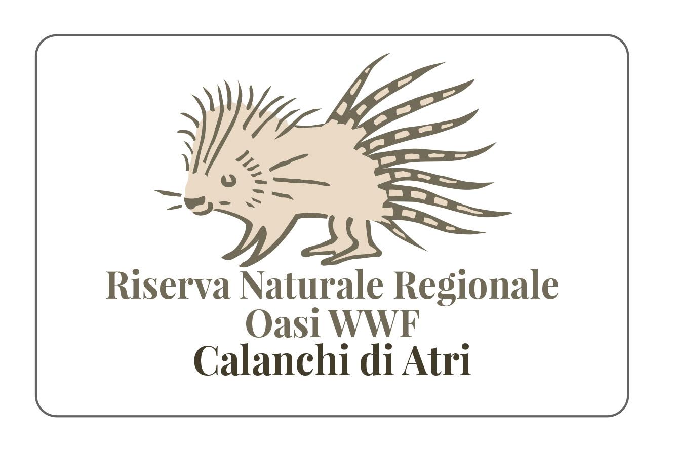 Un istrice marroncino con in basso la scritta Riserva Naturale Regionale Oasi WWF Calanchi Atri in marrone